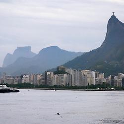 """Rio de Janeiro (cidade) fotografado na costa brasileira, entre o Rio De Janeiro e o Paraná. Registro feito em 2007.<br /> <br /> <br /> <br /> ENGLISH: Rio de Janeiro Photographed on the Brazilian coast between Rio De Janeiro and Paraná. Picture made in 2007."""