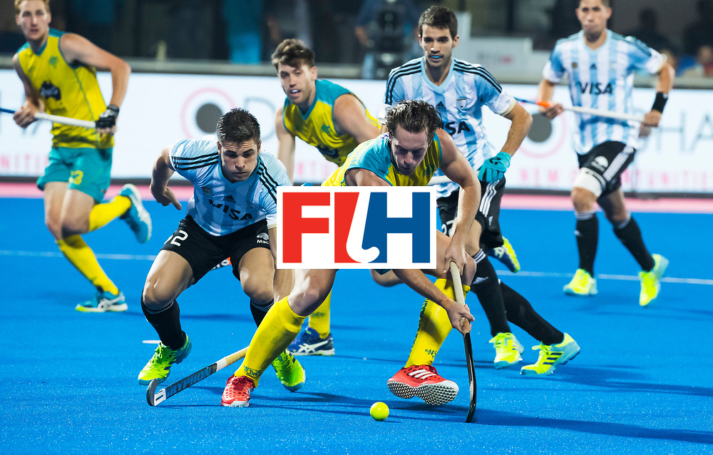 BHUBANESWAR - . Dylan Wotherspoon (Aus) met Gonzalo Peillat (Arg)  Hockey World League finals , Final Australia-Argentina (2-1) . Australia wint de finale. COPYRIGHT KOEN SUYK