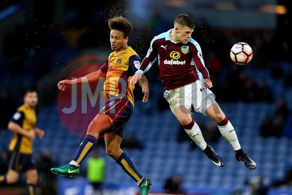 Bobby Reid of Bristol City challenges Johann Gudmundsson of Burnley - Mandatory by-line: Matt McNulty/JMP - 28/01/2017 - FOOTBALL - Turf Moor - Burnley, England - Burnley v Bristol City - Emirates FA Cup fourth round