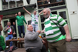 27 September 2017 Brussels: Celtic fans in the city centre before the Champions League match against Anderlecht: fans enjoying themselves outside a bar in Place de la Bourse: Photo: Mark Leech