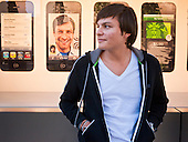 iPhone 4S Goes on Sale in Scottsdale, AZ