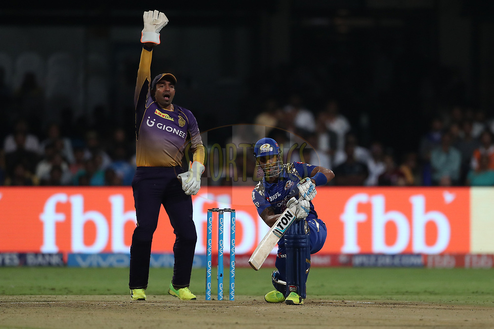 Robin Uthappa of the Kolkata Knight Riders appeals for the wicket of Lendl Simmons of the Mumbai Indians during the 2nd qualifier match of the Vivo 2017 Indian Premier League between the Mumbai Indians and the Kolkata Knight Riders held at the M.Chinnaswamy Stadium in Bangalore, India on the 19th May 2017<br /> <br /> Photo by Ron Gaunt - Sportzpics - IPL