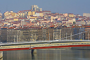 Pedestrian bridge across the Sao?ne.