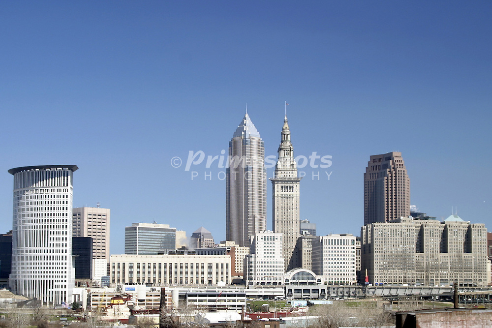 Cityscape of Cleveland, Ohio from the west side of the Cuyahoga River.