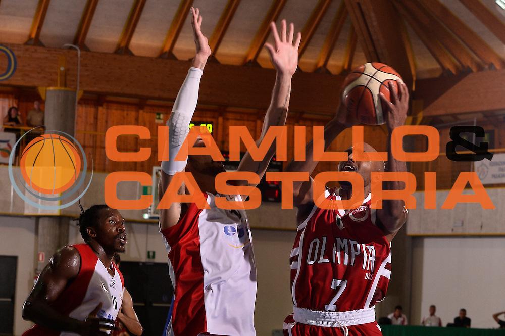 Ricky Hickman <br /> EA7 Emporio Armani Olimpia Milano - Legnano Knights <br /> Lega Basket Serie A 2016/2017<br /> Bormio 28/08/2016<br /> Foto Ciamillo-Castoria