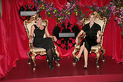 Annabel Fielding and Caroline Hurley, THE DINER DES TSARS in aid of UNICEF. To celebrate the launch of Quintessentially Wine, Guildhall. London. 29 March 2007.  -DO NOT ARCHIVE-© Copyright Photograph by Dafydd Jones. 248 Clapham Rd. London SW9 0PZ. Tel 0207 820 0771. www.dafjones.com.
