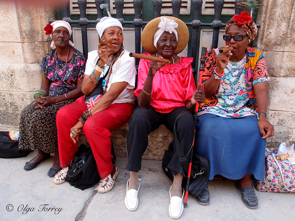 Havana, Cuba, Women smoking cigars