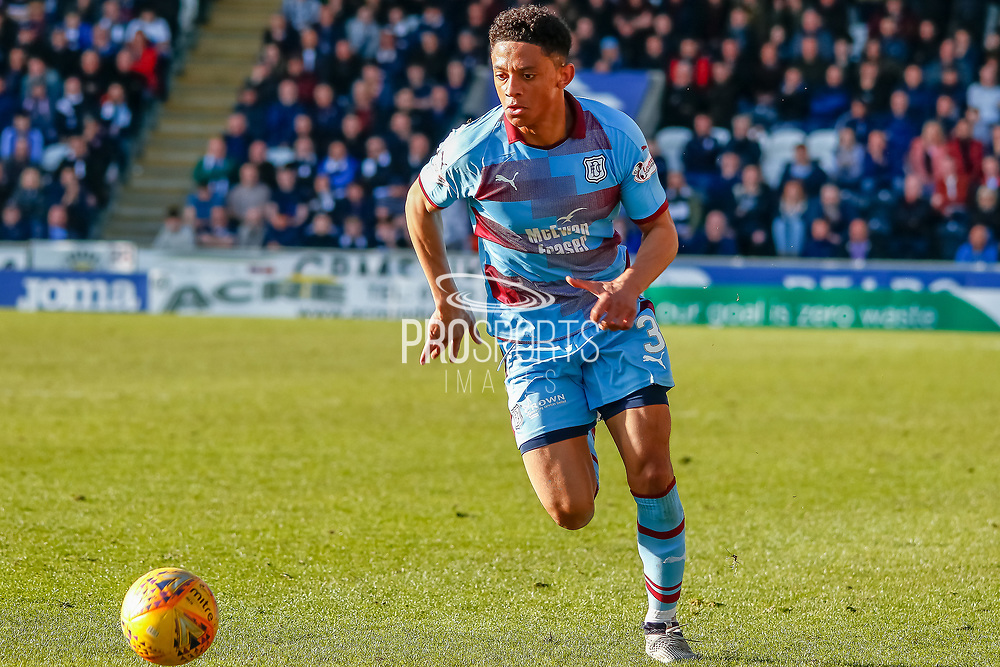 Nathan Ralph of Dundee FC during the Ladbrokes Scottish Premiership match between St Mirren and Dundee at the Paisley 2021 Stadium, St Mirren, Scotland on 30 March 2019.
