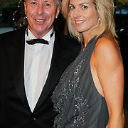 NLD/Amsterdam/20111029- JFK Greatest Man Award 2011, Sportmakelaar Rob Jansen en partner