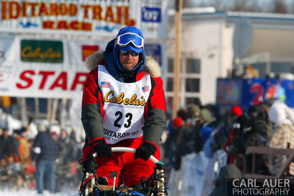 3/4/2007:  Willow, Alaska -  Rookie Bruce Linton of Morrisville, VT during the 35th Iditarod Sled Dog Race