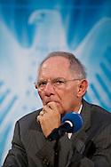 """DEU,Deutschland,Berlin,22.09.2010 Bundesfinanzminster Wolfgang Schäuble (CDU) beim Bundessymposion  des Wirtschaftsrat zum Thema """"Staatshaushalt und gesellschaftlicher Zusammenhalt - .Was können wir uns noch leisten?"""" am Mittwoch in Berlin. German Finance minister Wolfgang Schäuble Schaeuble speaks during a symposium in Berlin / germany"""
