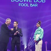 NLD/Amsterdam/201702013- Edison Pop Awards 2017, Dauwe Bob wint award in de categorie Pop
