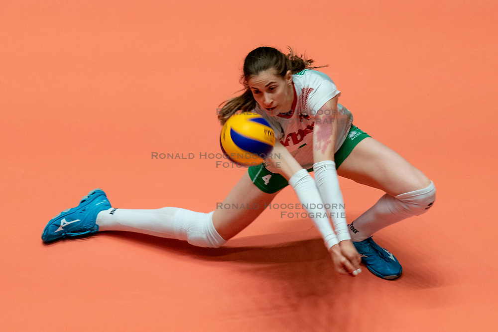 29-05-2019 NED: Volleyball Nations League Netherlands - Bulgaria, Apeldoorn<br /> Maria Dancheva #4 of Bulgaria