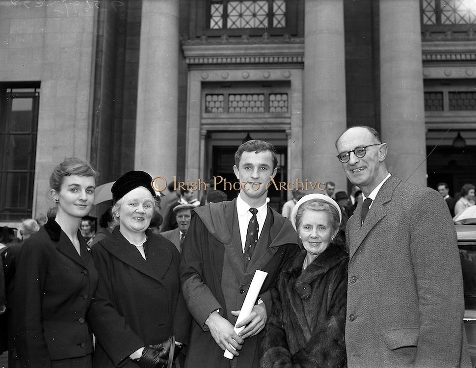 31/10/1960<br /> 10/31/1960<br /> 31 October 1960<br /> Conferring of Degrees at University College Dublin, U.C.D., Dublin.
