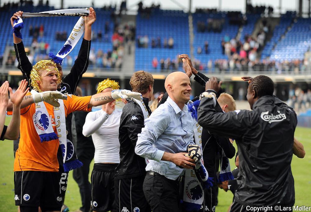 DK Caption:<br /> 20090524, Esbjerg, Danmark:<br /> SAS Liga fodbold Esbjerg - FC K&oslash;benhavn:<br /> Tr&aelig;ner St&aring;le Solbakken, FCK.<br /> Foto: Lars M&oslash;ller<br /> UK Caption:<br /> 20090524, Esbjerg, Denmark:<br /> SAS Liga football Esbjerg - FC Copenhagen:<br /> Tr&aelig;ner St&aring;le Solbakken, FCK.<br /> Photo: Lars Moeller