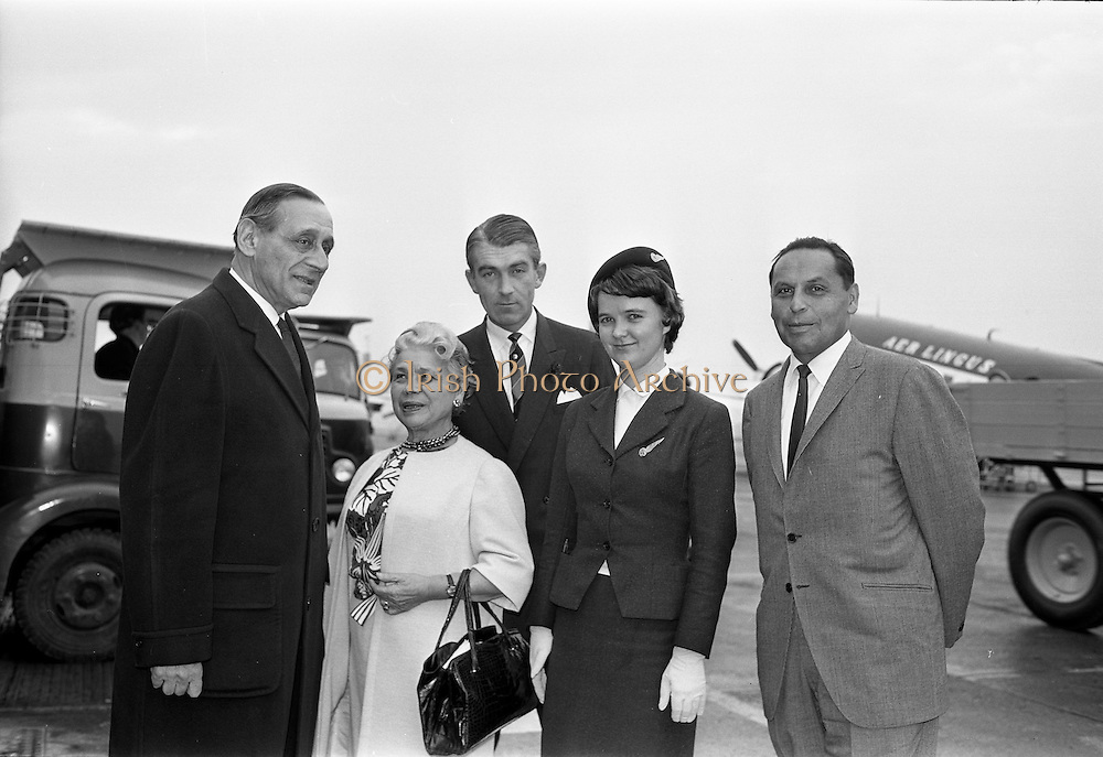 25/09/1962<br /> 09/25/1962<br /> 25 September 1962<br /> Mrs Ida Rosenthal arrives at Dublin Airport. Mrs Rosenthal, Founder and Chairman of the board of Maidenform Inc., U.S.A., arrived for a two day visit to Ireland. She would appear on Telefis Eireann; visit a number of Dublin stores and hold a reception at the Gresham Hotel to celebrate 40 years of business.