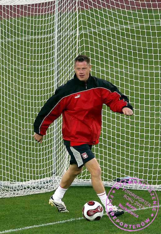 JACEK KRZYNOWEK (POLAND)  DURING OFFICIAL TRAINING BEFORE QUALIFING SOCCER MATCH EURO 2008 BETWEEN FINLAND AND POLAND..HELSINKI , FINLAND , SEPTEMBER 11, 2007.( PHOTO BY ADAM NURKIEWICZ / MEDIASPORT )