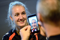 19-12-2015 DEN: World Championships Handball 2015 Training Oranje, Herning<br /> Na een rustige training werd er een persmoment gehouden / Kelly Dulfer #18