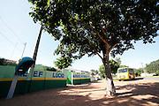 Bela Cruz_CE.  Brasil.<br /> <br /> Onibus escolar em Bela Cruz, Ceara.<br /> <br /> School bus in Bela Cruz, Ceara.<br /> <br /> Foto:  BRUNO MAGALHAES / NITRO