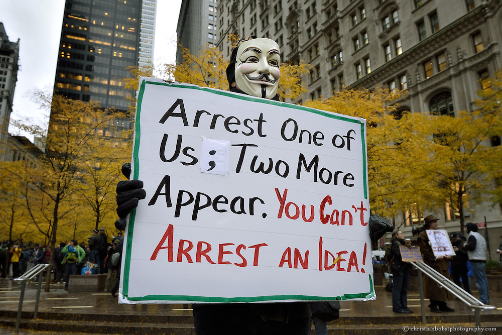 After the police raid: Occupy Wall Street at New York´s Zuccotti Park  November 17 2011
