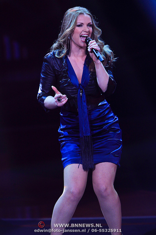 NLD/Hilversum/20100409 - 1e Live uitzending X-Factor 2010, Sarina Kuipers