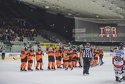 23.09.2018, Merkur Eisstadion, Graz, AUT, EBEL, Moser Medical Graz 99ers vs HC Orli Znojmo, 4. Runde, im Bild das Team der Moser Medical Graz 99ers nach dem Sieg gegen HC Orli Znojmo // during the 4th round for the Erste Bank Icehockey league between Moser Medical Graz 99ers and HC Orli Znojmo at the Merkur Eisstadion in Graz, Austria on 2018/09/23. EXPA Pictures © 2018, PhotoCredit: EXPA/ Dominik Angerer