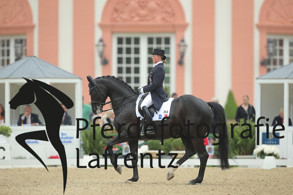 Tebar, Karen, Don Luis<br /> Wiesbaden - Pfingstturnier 2015<br /> Grand Prix de Dressage<br /> © www.sportfotos-lafrentz.de/Stefan Lafrentz