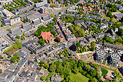 Nederland, Gelderland, Wageningen, 13-05-2019; centrum van Wageningen met Nationaal Bevrijdingsmonument aan het 5 Mei Plein. kruising Bergstraat en Generaal Foulkesweg.<br /> City center of Wageningen with National Liberation Monument<br /> luchtfoto (toeslag op standard tarieven);<br /> aerial photo (additional fee required);<br /> copyright foto/photo Siebe Swart