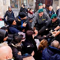 Mai con Salvini, occupata  chiesa di Santa Maria del Popolo