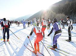 22.01.2011, Loipe Obertilliach, Obertilliach, AUT, 10. Dolomiten Classicrace, im Bild Startschuss zum 10. Dolomiten Classicrace// EXPA Pictures © 2011, PhotoCredit: EXPA/ M. Gruber