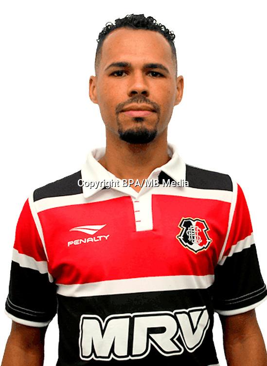 Brazilian Football League Serie B 2017 / <br /> ( Santa Cruz Futebol Clube ) - <br /> Bruno da Silva Barbosa