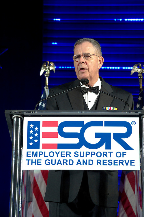 Recipients of the 2010 Secretary of Defense Employer Support Freedom Award get together for an award ceremony that recognizes 15 organizations across the nation who are honored for providing exemplary support of their Guard and Reserve employees.  Photo by Johnny Bivera