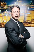 Mit der Aufhebung der Sanktionen gegen den Iran Anfang 2016, haben sich neue Absatz- und Marktchancen für den Handel ergeben. Herr Hassanejad ist gebürtiger Iraner und Managing Director der Aiotec GmbH, ein Unternehmen, das sich auf Supplies Oil, Gas and Petrochemical Industries spezialisiert hat.