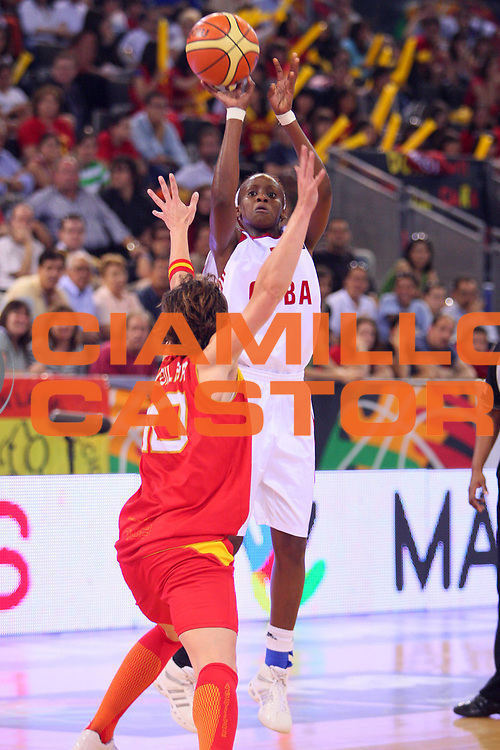 DESCRIZIONE : Madrid 2008 Fiba Olympic Qualifying Tournament For Women Quater Finals Cuba Spain <br /> GIOCATORE : Gelis <br /> SQUADRA : Cuba <br /> EVENTO : 2008 Fiba Olympic Qualifying Tournament For Women <br /> GARA : Cuba Spain Cuba Spagna <br /> DATA : 13/06/2008 <br /> CATEGORIA : Tiro <br /> SPORT : Pallacanestro <br /> AUTORE : Agenzia Ciamillo-Castoria/S.Silvestri <br /> Galleria : 2008 Fiba Olympic Qualifying Tournament For Women <br /> Fotonotizia : Madrid 2008 Fiba Olympic Qualifying Tournament For Women Quater Finals Cuba Spain <br /> Predefinita :