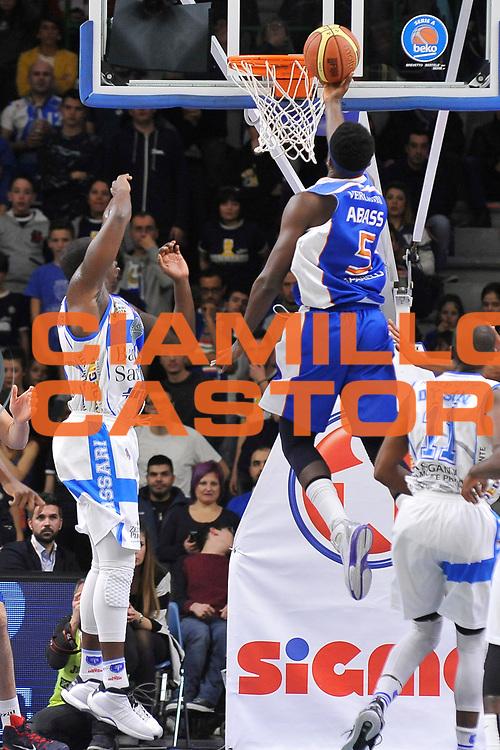 DESCRIZIONE : Brindisi  Lega A 2014-15 Dinamo Banco di Sardegna Sassari - Acqua Vitasnella Cant&ugrave;<br /> GIOCATORE : Abass Awudu Abass<br /> CATEGORIA : Sequenza Tiro Penetrazione Sottomano Controcampo<br /> SQUADRA : Acqua Vitasnella Cantu'<br /> EVENTO : Lega A 2014-2015<br /> GARA : Dinamo Banco di Sardegna Sassari - Acqua Vitasnella<br /> DATA : 28/02/2015<br /> SPORT : Pallacanestro<br /> AUTORE : Agenzia Ciamillo-Castoria/C.Atzori<br /> Galleria : Lega Basket A 2014-2015<br /> Fotonotizia : Dinamo Banco di Sardegna Sassari - Acqua Vitasnella<br /> Predefinita :