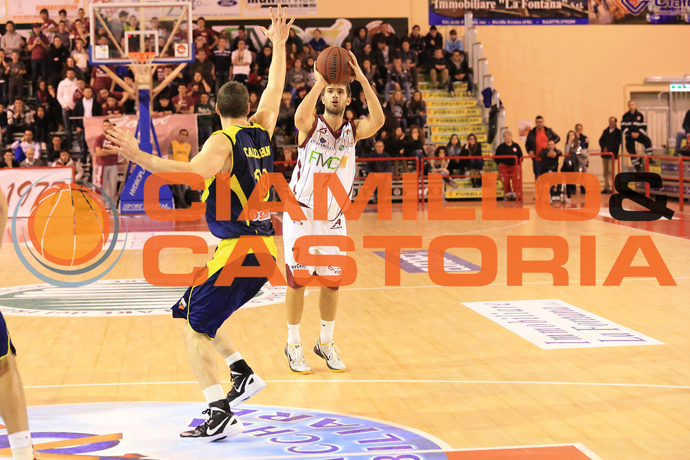DESCRIZIONE : Ferentino Lega Basket A2  eurobet 2012-13  Fmc Ferentino Sigma Barcellona<br /> GIOCATORE : Tomassini Giovanni <br /> CATEGORIA : three points<br /> SQUADRA : Fmc Ferentino<br /> EVENTO : Ferentino Lega Basket A2  eurobet 2012-13 <br /> GARA : Fmc Ferentino  Sigma Barcellona<br /> DATA : 24/02/2013<br /> SPORT : Pallacanestro <br /> AUTORE : Agenzia Ciamillo-Castoria/ M.Simoni<br /> Galleria : Lega Basket A2 2012-2013 <br /> Fotonotizia : Ferentino Lega Basket A2  eurobet 2012-13  Fmc Ferentino Sigma Barcellona<br /> Predefinita :