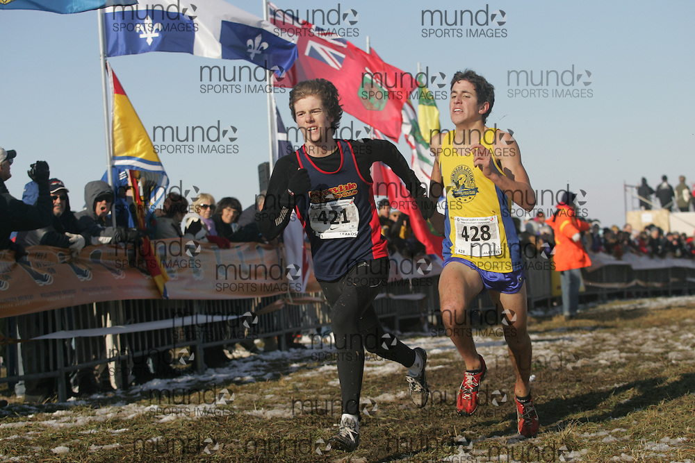 Guelph, Ontario ---29/11/08---  JAMES LEAKOS competes in the junior mens race at the 2008 AGSI Canadian Cross Country Championships in Guelph, Ontario, November 29, 2008..Sean Burges Mundo Sport Images