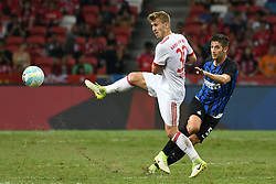 July 27, 2017 - Singapore, Singapore - Inter Milan's player ROBERTO GAGLIARDINI (R) competes against Bayern Munich's player NIKLAS DORSCH (L) during their International Champions Cup match held in Singapore's National Stadium. Inter Milan won 2:0.  (Credit Image: © Then Chih Wey/Xinhua via ZUMA Wire)