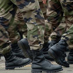 Les r&eacute;p&eacute;titions du d&eacute;fil&eacute; des troupes &agrave; pied ont eu lieu les jours qui ont pr&eacute;c&eacute;d&eacute; la f&ecirc;te nationale au camp de Satory (78). Organis&eacute;es en demi-journ&eacute;es, elles permettent aux unit&eacute;s de se familiariser avec les nombreuses contraintes qu'elles auront le jour J sur les champs Elys&eacute;es: timing, tenue, marche au pas cadenc&eacute;... sous la surveillance du repr&eacute;sentant du Gouverneur Militaire de Paris en charge de l'organisation du d&eacute;fil&eacute;.<br /> Juillet 2011 / Camp de Satory / Yvelines (78) / FRANCE<br /> Cliquez ci-dessous pour voir le reportage complet (77 photos) en acc&egrave;s r&eacute;serv&eacute;<br /> http://sandrachenugodefroy.photoshelter.com/gallery/2011-07-Repetitions-du-defile-a-pied-du-14-juillet-2011-Complet/G00009JVWu2cPjnE/C0000yuz5WpdBLSQ