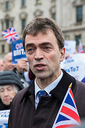 © Licensed to London News Pictures. 13/12/2017. London, UK. Tom Brake MP at a rally in support of Amendment 7 to the EU Withdrawal Bill. Photo credit: Rob Pinney/LNP