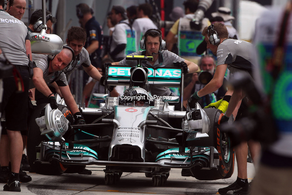 &copy; Photo4 / LaPresse<br /> 29/3/2014 Sepang, Malaysia<br /> Sport <br /> Grand Prix Formula One Malaysia 2014<br /> In the pic: Nico Rosberg (GER), Mercedes AMG F1 W05