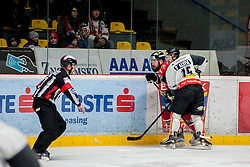 08.01.2017, Ice Rink, Znojmo, CZE, EBEL, HC Orli Znojmo vs Dornbirner Eishockey Club, 41. Runde, im Bild v.l. Jan Lattner (HC Orli Znojmo) Christopher Dalvise (Dornbirner) // during the Erste Bank Icehockey League 41th round match between HC Orli Znojmo and Dornbirner Eishockey Club at the Ice Rink in Znojmo, Czech Republic on 2017/01/08. EXPA Pictures © 2017, PhotoCredit: EXPA/ Rostislav Pfeffer