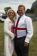 Ben Few Brown and his daughter Becky Few Brown, Royal Ascot Race Meeting. Wednesday 21 June 2006. ONE TIME USE ONLY - DO NOT ARCHIVE  © Copyright Photograph by Dafydd Jones 66 Stockwell Park Rd. London SW9 0DA Tel 020 7733 0108 www.dafjones.com
