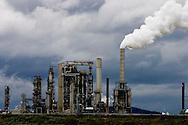 Photo of refinery in Anacortes, Washington