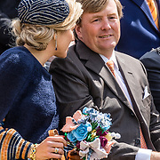 NLD/Tilburg/20170427- Koningsdag 2017, Koning Willem Alexander met Koningin Maxima