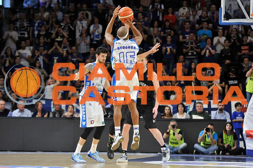 DESCRIZIONE : Beko Legabasket Serie A 2015- 2016 Dinamo Banco di Sardegna Sassari - Pasta Reggia Juve Caserta<br /> GIOCATORE : Josh Akognon<br /> CATEGORIA : Tiro Tre Punti Three Point Controcampo<br /> SQUADRA : Dinamo Banco di Sardegna Sassari<br /> EVENTO : Beko Legabasket Serie A 2015-2016<br /> GARA : Dinamo Banco di Sardegna Sassari - Pasta Reggia Juve Caserta<br /> DATA : 03/04/2016<br /> SPORT : Pallacanestro <br /> AUTORE : Agenzia Ciamillo-Castoria/C.Atzori