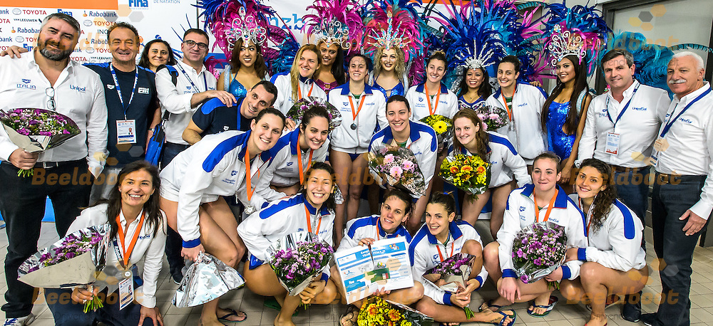28-03-2016: Waterpolo: Verenigde Staten v Italie: Gouda<br /> <br /> <br /> <br /> Waterpolowedstrijd tussen dames team Verenigde Staten en team Italie tijdens het Olympisch Kwalificatie toernooi (OKT) in het Groenhovenbad in Gouda<br /> <br /> Waterpolo match between ladies of team USA and team Italy during the Olympic Qualification Tournament  (OQT) at Groenhovenbad in Gouda<br /> <br /> Foto: Gertjan Kooij