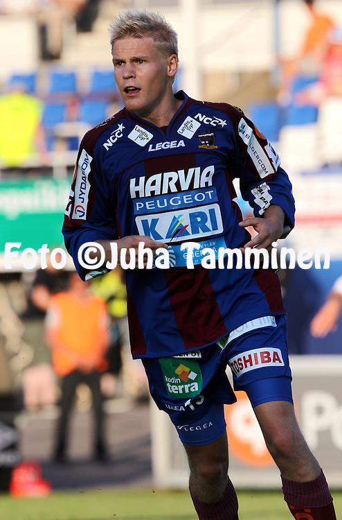 12.07.2010, Tehtaankentt?, Valkeakoski..Veikkausliiga 2010, FC Haka - JJK Jyv?skyl?..Tuomas Latikka - JJK.©Juha Tamminen.