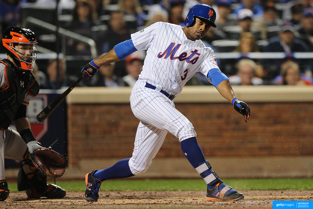 NEW YORK, NEW YORK - October 5: Curtis Granderson #3 of the New York Mets batting during the San Francisco Giants Vs New York Mets National League Wild Card game at Citi Field on October 5, 2016 in New York City. (Photo by Tim Clayton/Corbis via Getty Images)