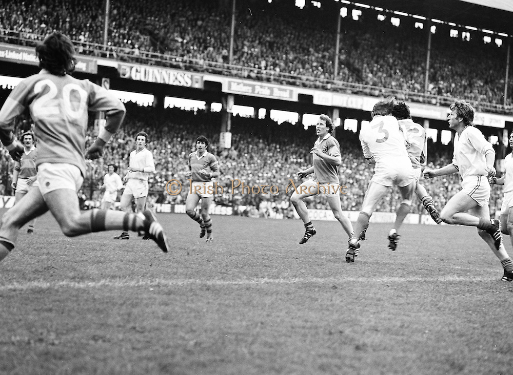 Armagh shoulders Roscommon mid air during the All Ireland Senior Gaelic Football Semi Final Replay Roscommon v Armagh in Croke Park on the 28th August 1977. Armagh 0-15 Roscommon 0-14.